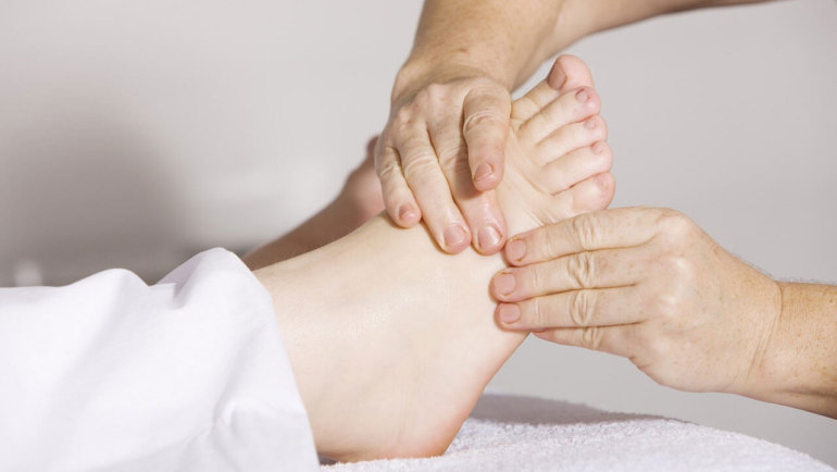 How to Soothe Sore Legs and Feet